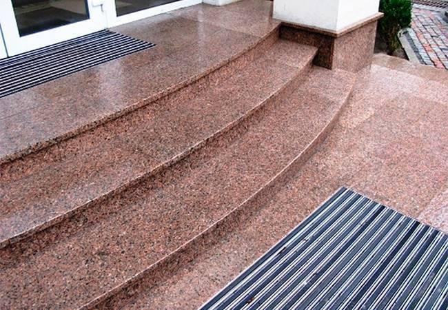 Гранитная плитка: термообработанные изделия из крошки гранита, особенности производства