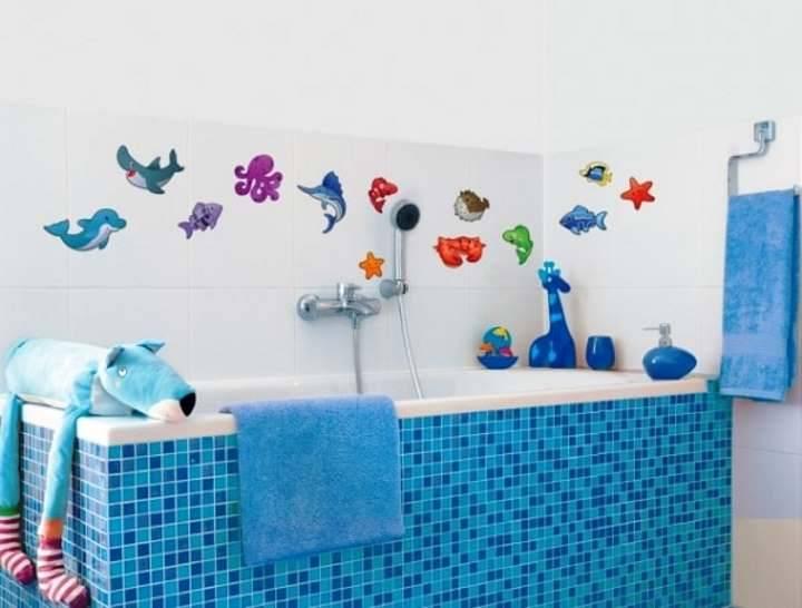 Красивые декоративные наклейки в ванную на плитку: Обзор и Виды и идеи оформления - Обзор