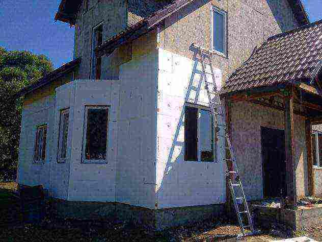Технология утепления фасада пенопластом: важные мелочи | mastera-fasada.ru | все про отделку фасада дома