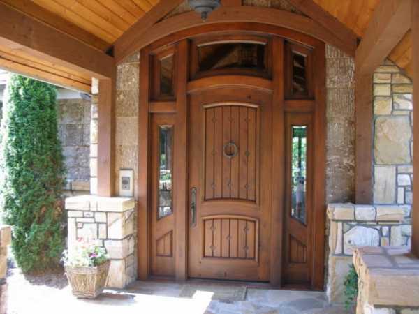 Входные металлические двери в квартиру (38 фото): железная квартирная модель с шумоизоляцией, какую лучше поставить