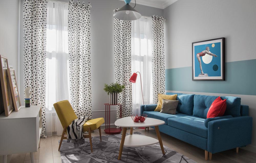 Яркие обои: преимущества, идеи сочетания и декора интерьеров