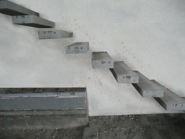 Материалы для изготовления лестниц