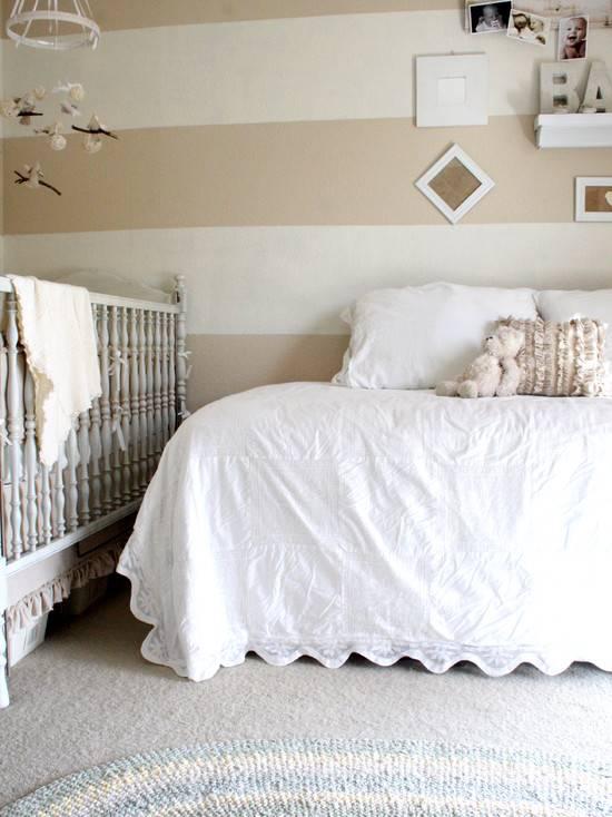 Спальня с детской кроваткой – особенности оформления