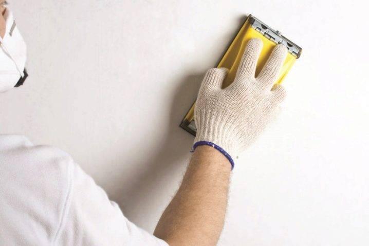 Как снять старую краску со стен: советы профессионалов
