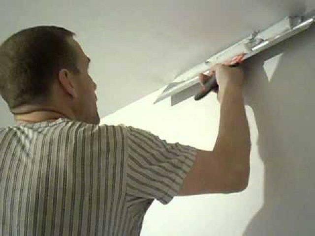 Чем шпаклевать потолок под покраску - только ремонт своими руками в квартире: фото, видео, инструкции