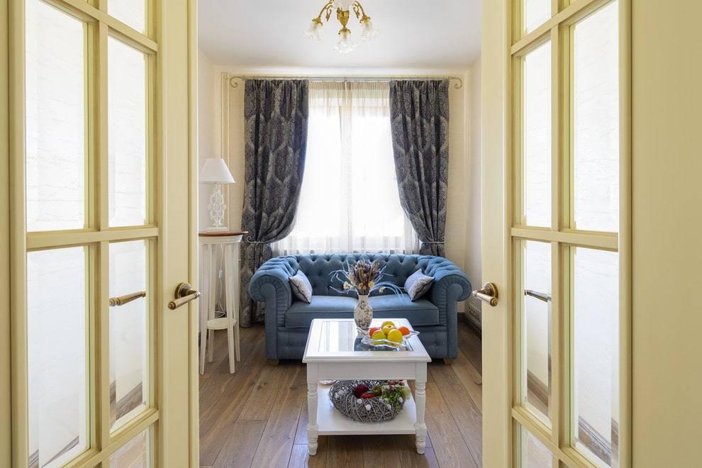 Двойные межкомнатные двери: в зал, гостиную, распашные, эконом класса, размер, фото