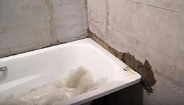 Чем заделать щель между стеной и ванной: советы профессионалов