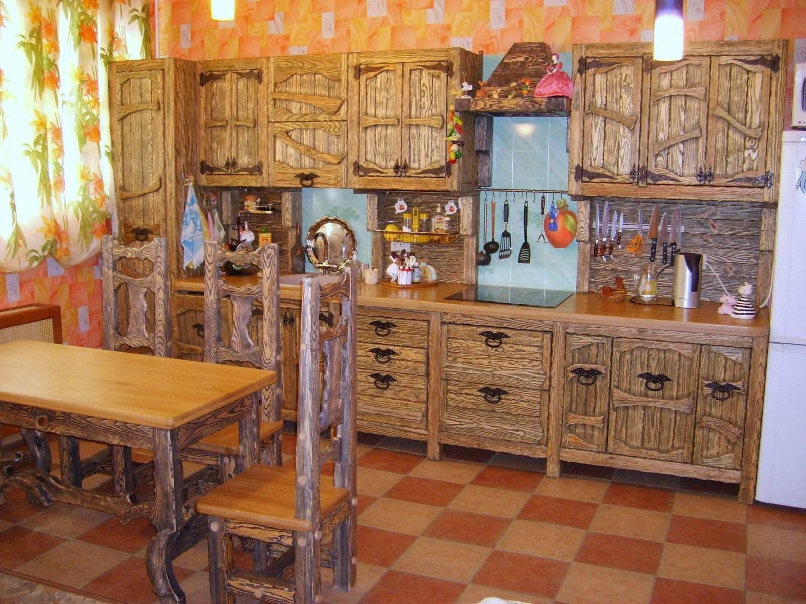 Кухни под старину: фото дизайн-проектов, гарнитуры из массива и дерева
