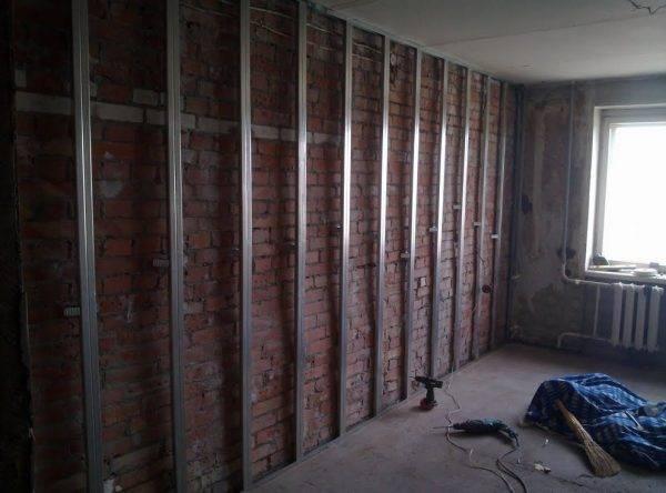 Как правильно крепить гипсокартон к стене без каркаса