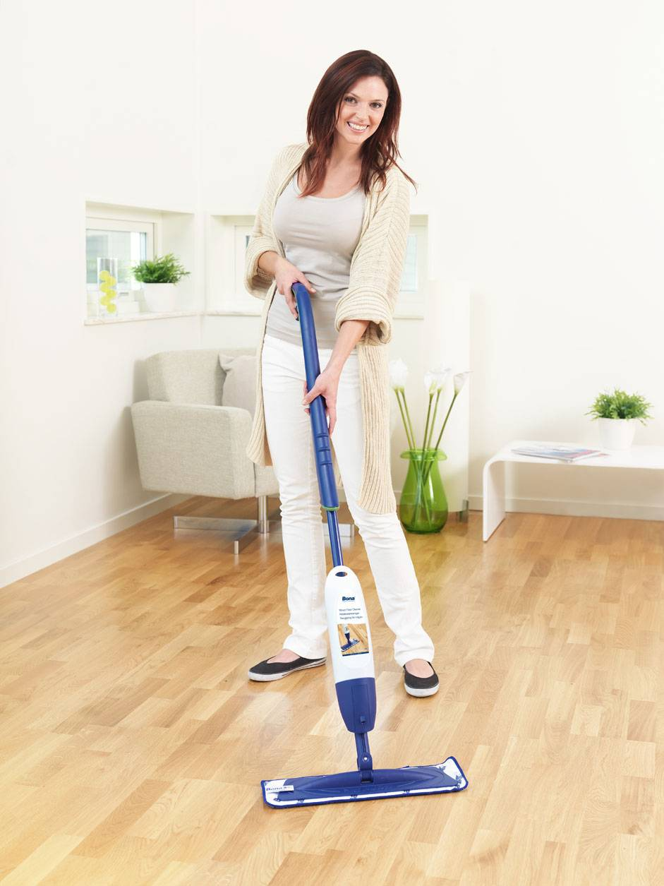 Чем отмыть сильно загрязненный линолеум. отмываем линолеум на кухне: от жира, пятен, следов мебели, белого налета после ремонта. что используют для того, чтобы очищать старый линолеум