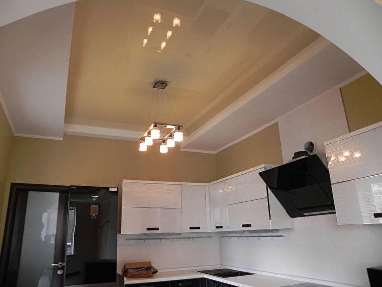 Натяжные потолки на кухне: 100 фото идей как совместить натяжной потолок с дизайном интерьера кухни