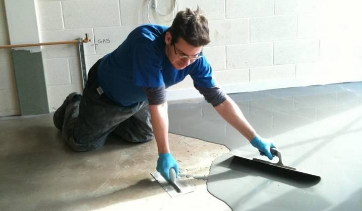 Сколько сохнет наливной пол: сколько по времени высыхает самовыравнивающийся жидкий пол под плитку