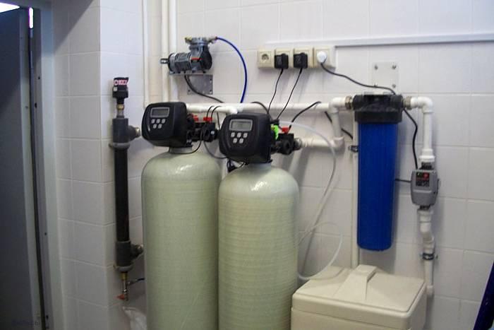 Как очистить воду от железа из скважины: химические способы и механические фильтры своими руками