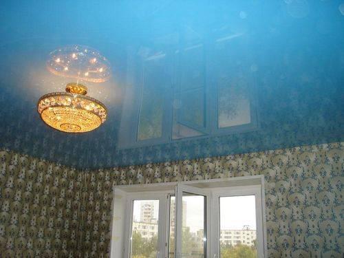 Бесшовные натяжные потолки: максимальная ширина матового полотна без шва, немецкие и французские модели