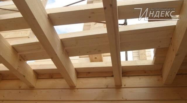 Балки перекрытия: деревянные двутавровые и железобетонные виды.технические требования к металлическим и бетонным балкам, их монтаж