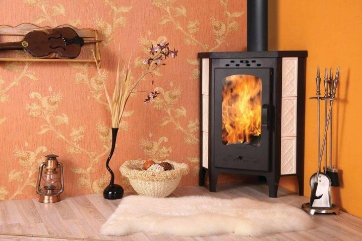 Угловая печь-камин 48 фото дровяные модели для дачи бавария длительного горения