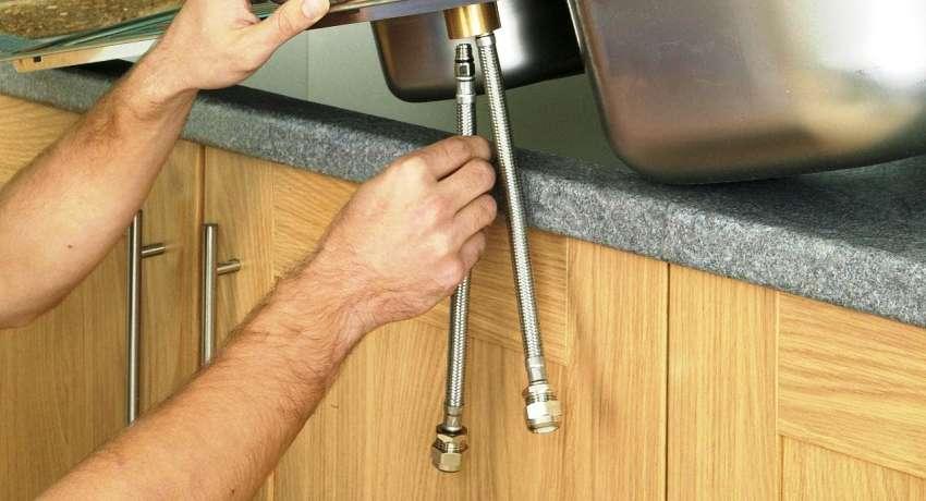 Сильфонная подводка для воды если смеситель с длинным штуцером