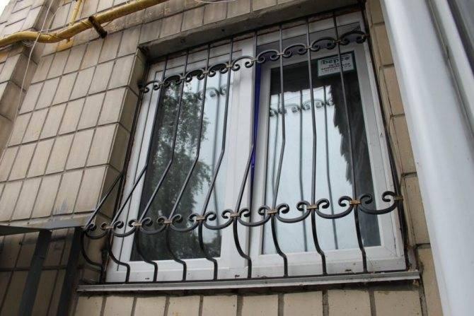 Решетки на окна своими руками - 2 варианта!