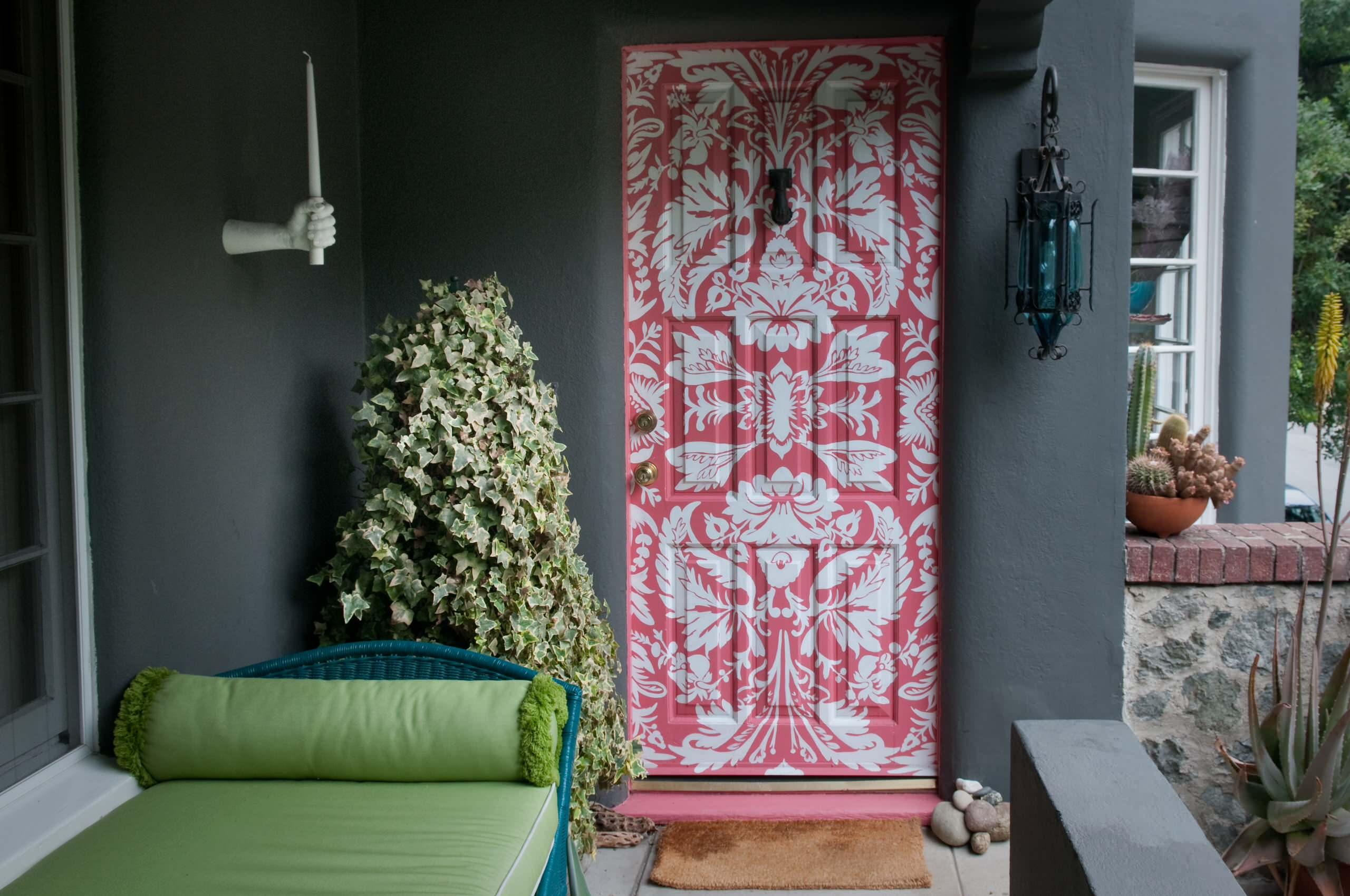 Межкомнатные двери в интерьере: 56 лучших идей декорирования