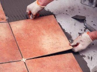 Как класть керамогранитную плитку на пол: как подготовить поверхность, нюансы и тонкости процеса