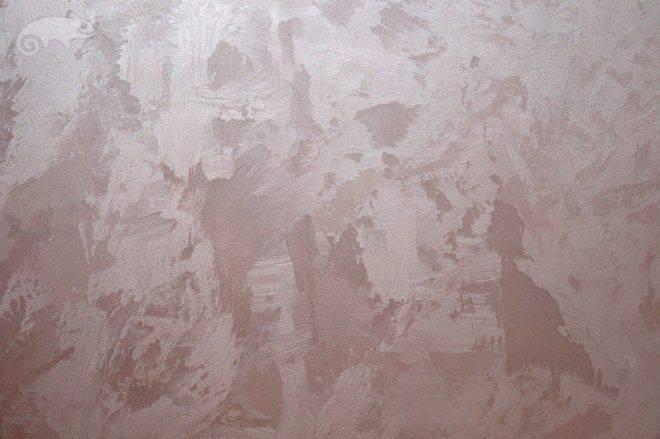Декоративная штукатурка мокрый шелк: фото и как сделать такую внутреннюю отделку интерьера в разных цветах своими руками, как наносить на стены фактурную смесь?