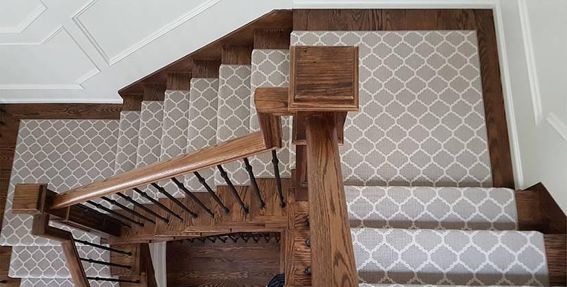 Как укладывать ковролин на лестницу - wikihow