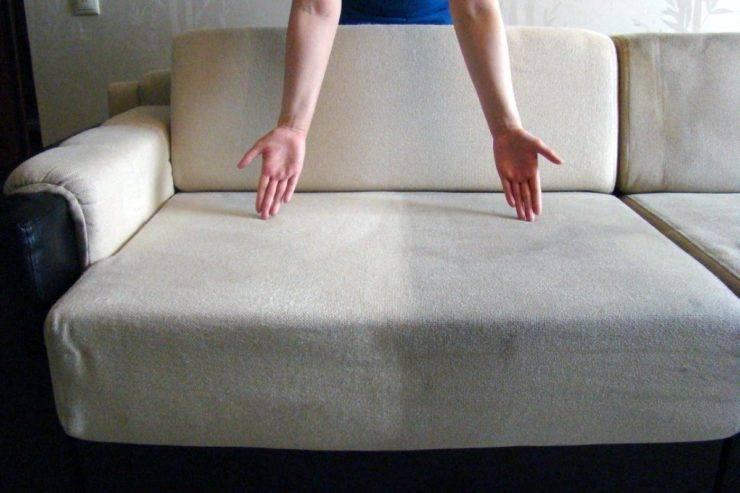 Как почистить диван в домашних условиях: советы домохозяек