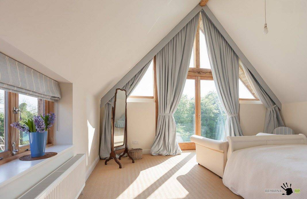 Дизайн окон (83 фото): красивые пластиковые конструкции в интерьере детской комнаты, идеи-2021 оформления в английском стиле в частном доме