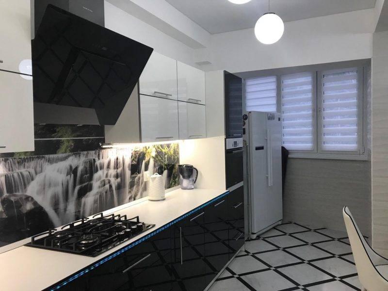 Шторы на кухню — фото лучших новинок дизайна кухонных штор. эксклюзивные варианты, правила сочетания в интерьере + инструкция