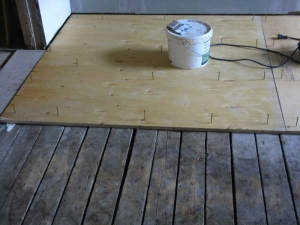 Грамотная укладка линолеума на деревянный пол