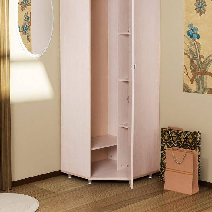 Распашные угловые шкафы