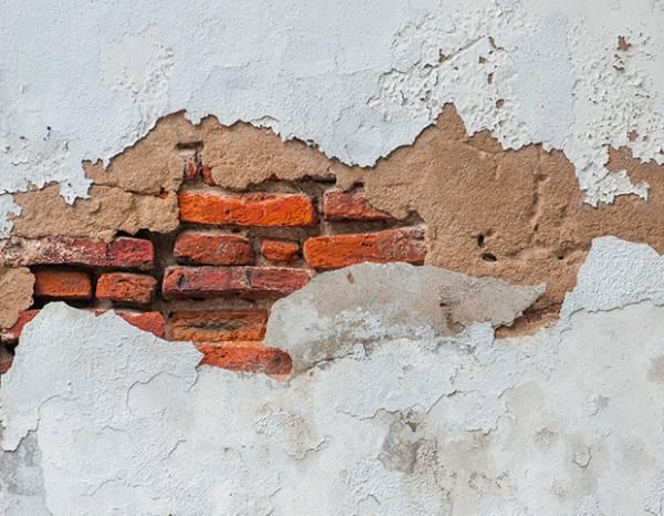 Заделка трещин в стенах: чем и как заделать отверстия в разных поверхностях