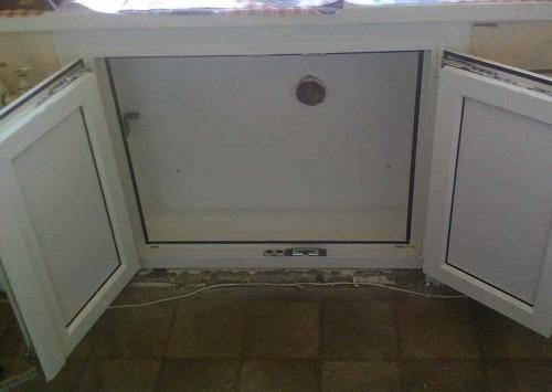 Как сделать шкаф под подоконником на кухне