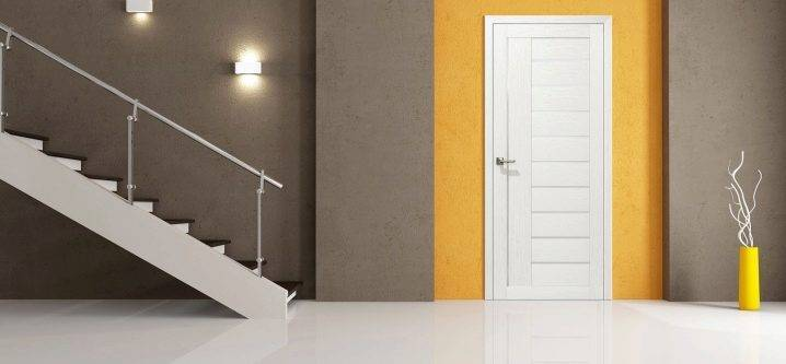 Что такое царговые двери: изготовление, материалы, плюсы и минусы
