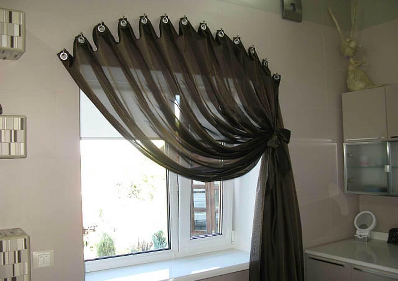 Короткие шторы для кухни: 80+ реальных фото интерьеров
