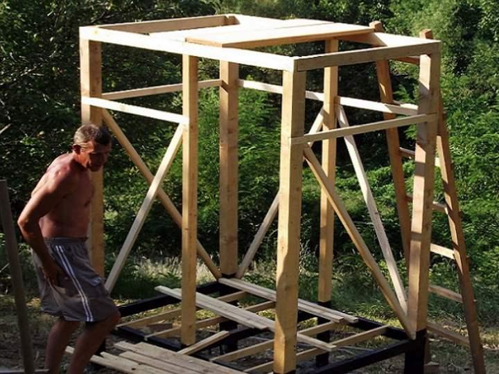 Душевая кабина для дачи (67 фото): установка дачной конструкции на улице, летние уличные кабины с подогревом воды своими руками