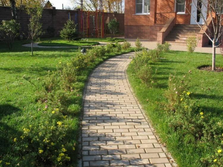 Укладка тротуарной плитки: инструкция как красиво замостить тротуарной плиткой участок (125 фото)