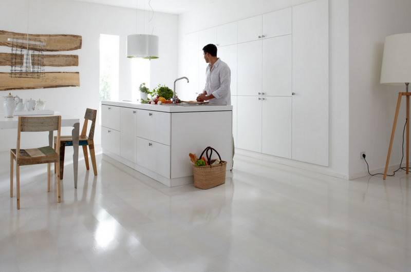 Какой ламинат выбрать для гостиной, подбор цвета под двери и стены + фото интреьера