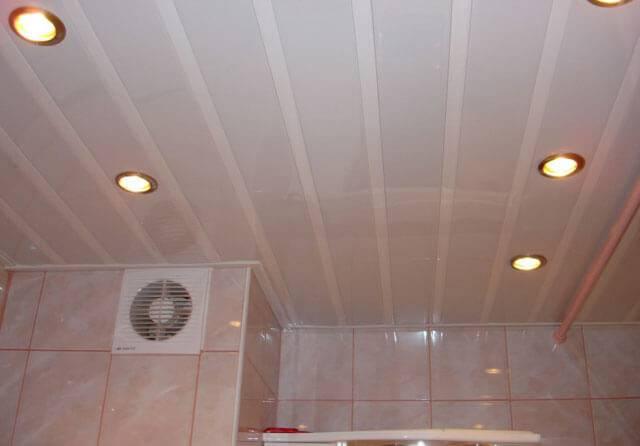Крепление панелей пвх на потолок: как приклеить, крепеж пластиковых и видео