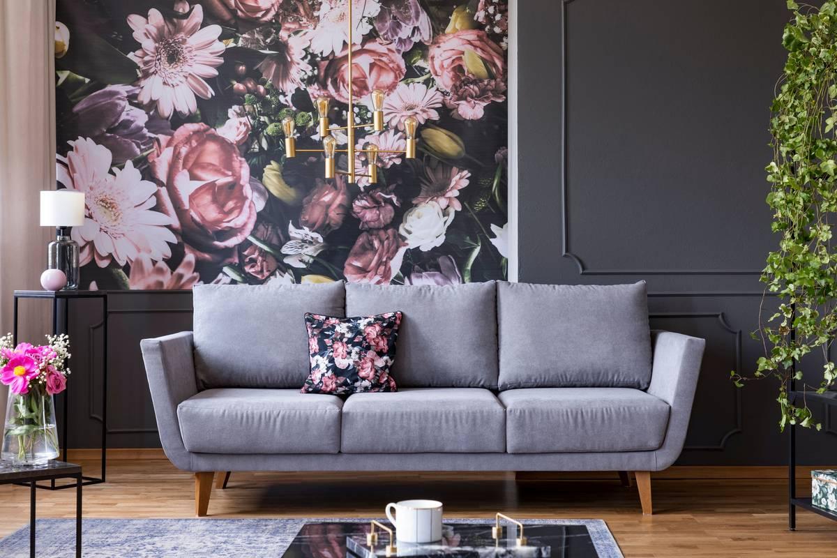 Лучшие идеи отделки стен обоями с цветами