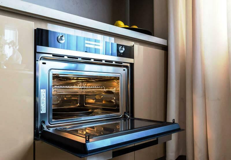 Как выбрать лучшую духовку с каталитической очисткой: что это за метод, как пользоваться, рейтинг популярности и обзор 7 моделей с этой функцией, их плюсы и минусы