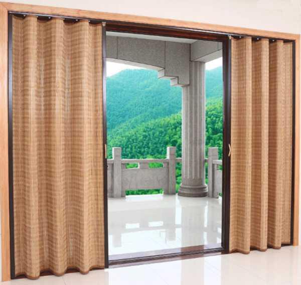 Бамбуковые шторы на дверной проем: особенности и варианты оформления интерьера