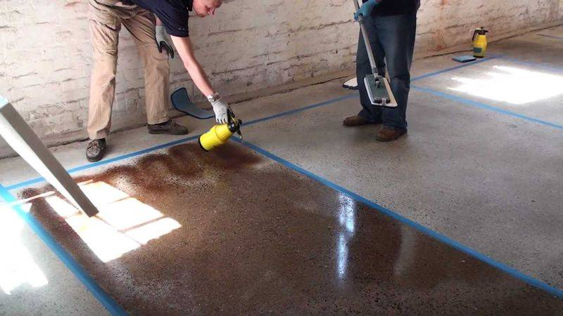 Чем покрыть бетонный пол в гараже: способы защиты бетонных поверхностей | opolax.ru