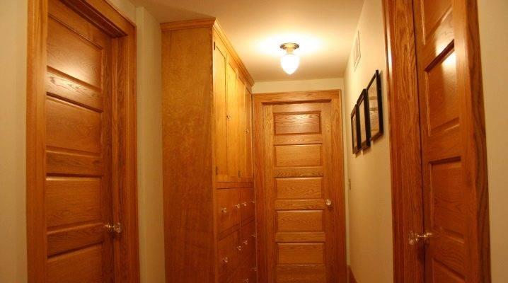 Как выбрать двери из массива сосны?