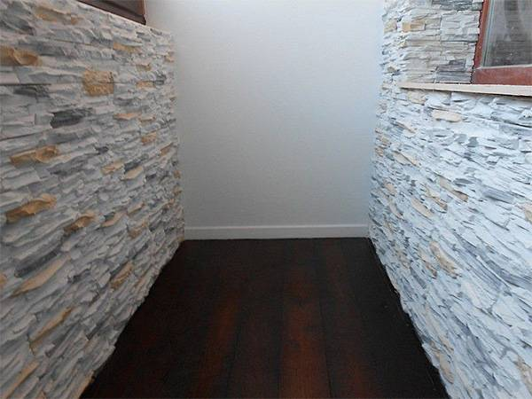 Отделка камнем балкона (69 фото): отделка декоративным искусственным камнем, отзывы