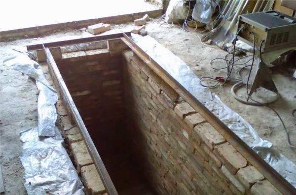Смотровая яма в гараже своими руками: размеры, гидроизоляция, материалы, инструкция с фото – сад и огород своими руками