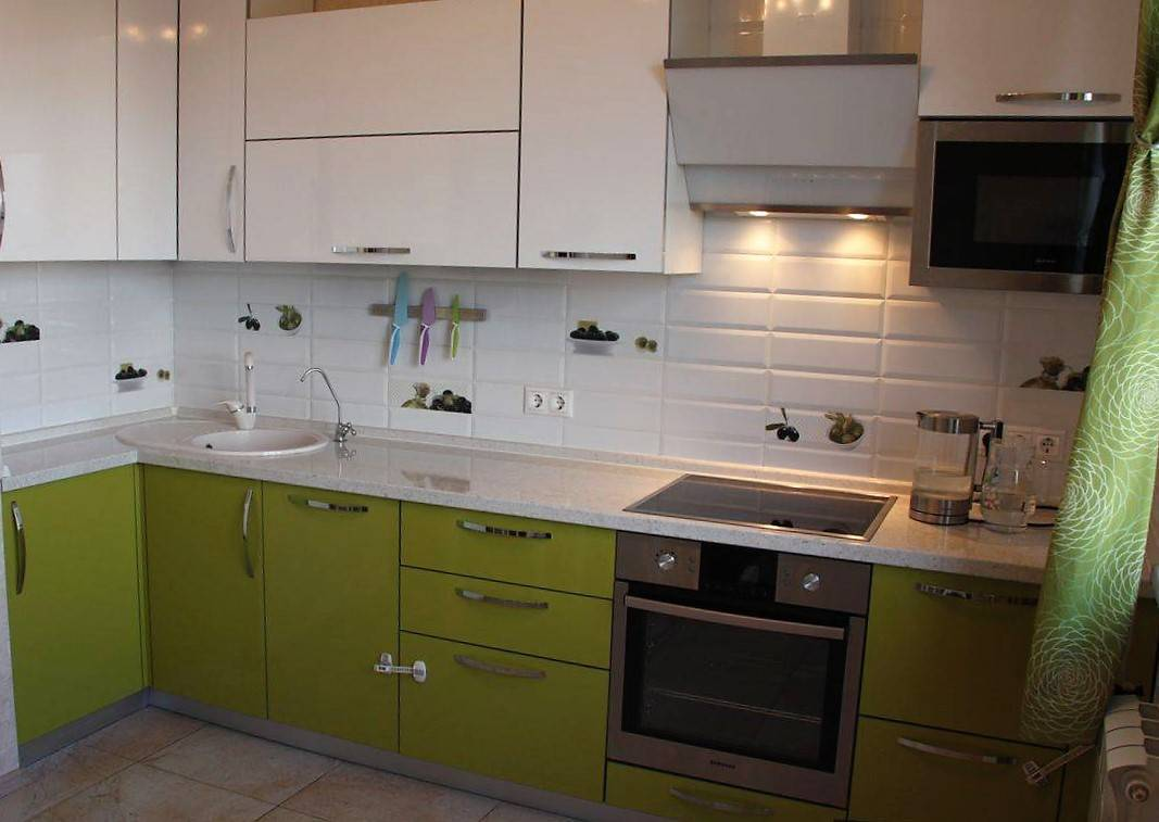 Оливковая кухня (60 фото): кухонный гарнитур цвета оливы в интерьере, дизайн кухни в фисташковых тонах в сочетании с коричневым и другими цветами