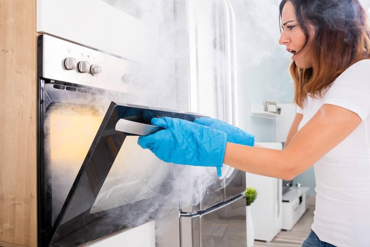 Что такое каталитическая очистка духового шкафа? что значит этот способ? выбираем электрический встраиваемый шкаф с каталитической очисткой