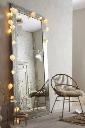 Зеркала в интерьере гостиной: 55 фото, красивые идеи для зала