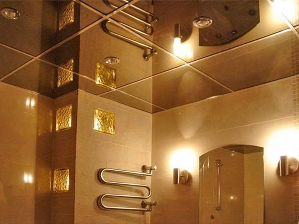 Зеркальный потолок в ванной: преимущества оформления и варианты установки (95 фото)